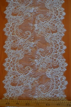lace trim Jorgina