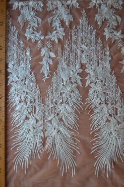 lace Isidora