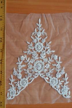 lace motif Eliza