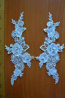 lace motif Lenora