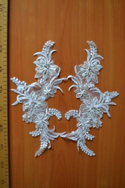 lace motif Gabriel