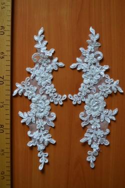 lace motif Garans