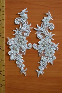 lace motif Geraldine