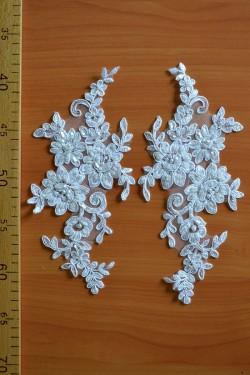 lace motif Gertrude